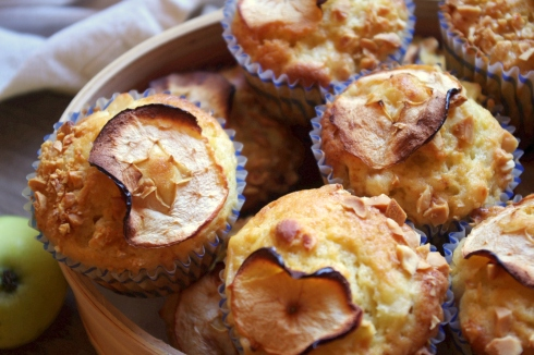 pearmains muffins apples